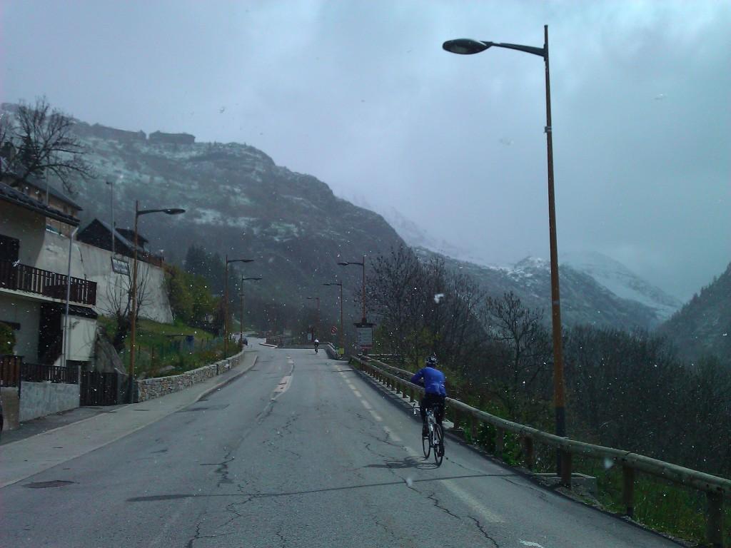 Snow riding up Alpe d'Huez